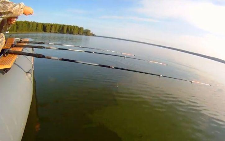 рыбалка с берега на озере волго